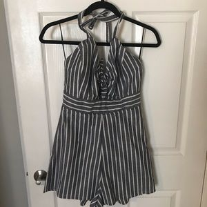 Romper. Size Large